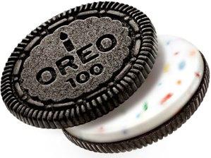 birthday-cake-oreo-cookie