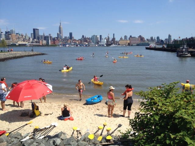Free Kayaking & Paddle Boarding in Hoboken! (we didn't last long)