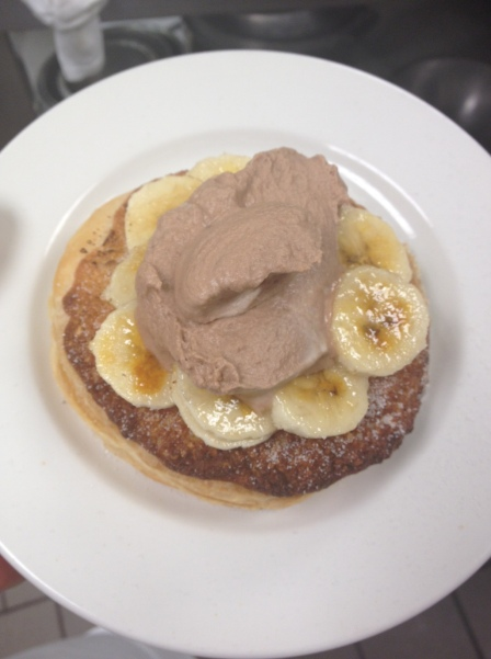 Bruleed Banana Tartlets with Nutella Cream